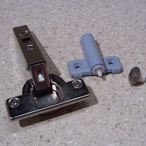 Push To Open Hinge Pair With Magnetic Catch